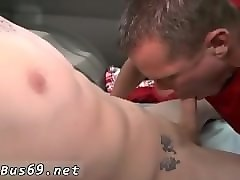 gorgeous chinese twink gay boys tubes the legendary bait bus