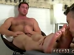 gay boy with nice ass and shaved legs and mobile straight male feet porn