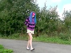 blue hair outdoor pee