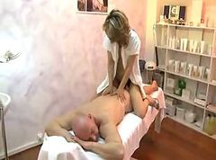 Massage (mature hotmilf)