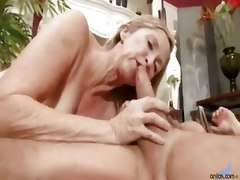 Sex Hungry Milf Annabelle Brady