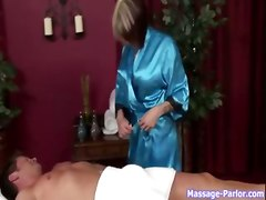 Great Tit Fucking And Cum Swallowing During A Massage