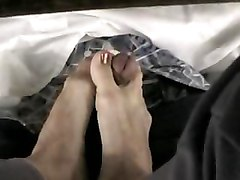Bellecita&039;s Footjob Under The Table Pt. 1